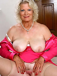 Exciting mature mamas are spreading their pussy
