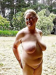 Sexiest mature girlfriends are revealing their boobs