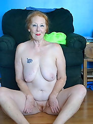 Granny Spreads Her Cunt For You - 39
