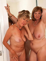 Matures and Grannies 452
