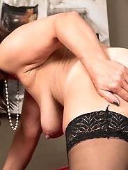 Outstanding older woman in porno gallery