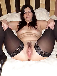 Fatty mature momma gets nude