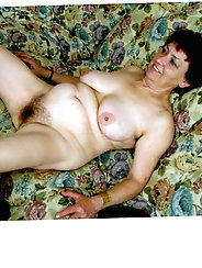 Randy mature g-i-l-f is posing almost nude