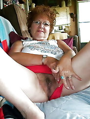 Amateur grannies and matures