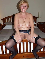 Passionate mature lady loves a big boner